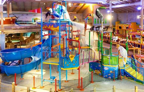 CoCo Key Mt. Laurel   New Jersey Indoor Water Park