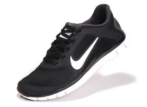 s nike free run 4 0 v3 black white running shoes uk