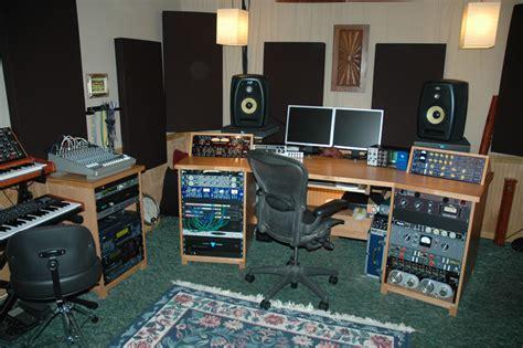 bedroom studio setup the quot show me your studio quot thread 2009 gt no setup too small gearslutz com
