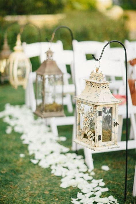 27 Creative Lanterns Wedding Aisle Decor Ideas   Deer