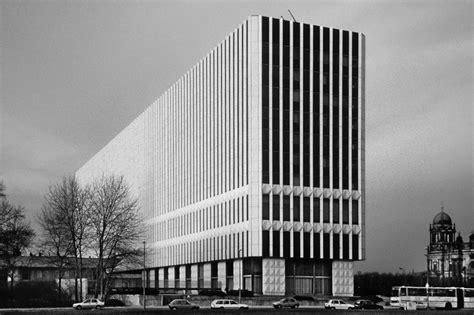 wann entstand berlin robert conrad berlin und belfast in den fr 252 hen 90ern