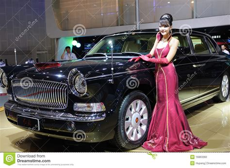 Rote Fahne Auto by Hongqi Limo Hqe Chairman Parade Car Editorial