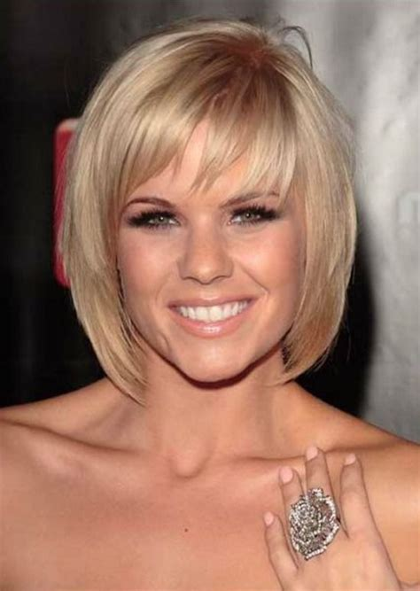 bob hairstyle for large jaw 25 best ideas about layered bob with bangs on pinterest