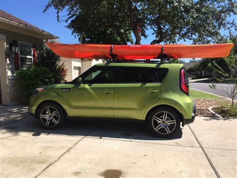 Thule Roof Rack Jeep by 25 Best Ideas About Thule Rack On Jeep Racks Kayak Roof Rack And Kayak Rack For Suv