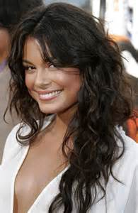 haircuts for wavy hair medium length curly layered hairstyles