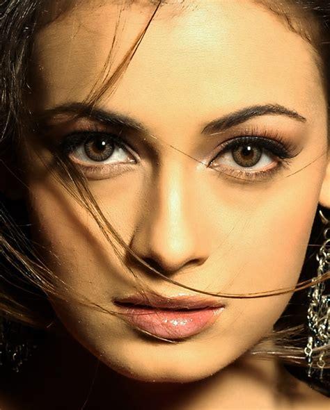 Makeup Mirza Emil dhoom diya mirza diya mirza without makeup
