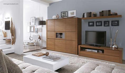 decorar paredes grises combinar colores paredes decoracion ropa mujer muebles