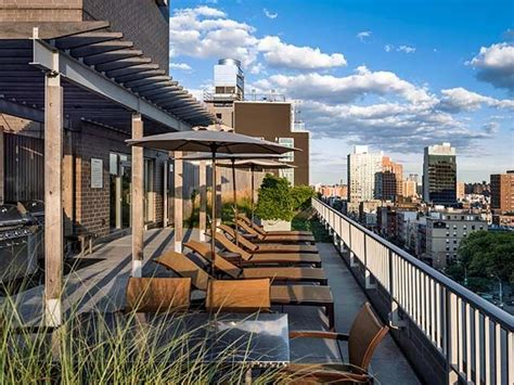 Avalon Apartments Island New York Rooftop Terrace At Avalon Bowery Place In Nyc Apartments