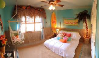 20 kids bedrooms that usher in a fun tropical twist kids rooms rule 32 creative amp fun bedrooms for children