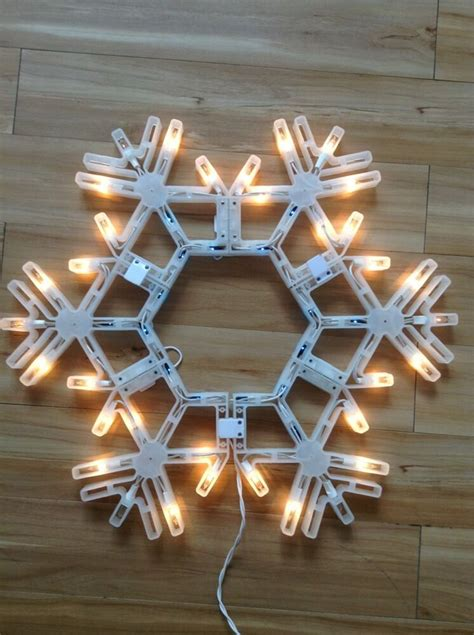 outdoor lighted snowflake decorations 19 quot folding lighted twinkling snowflake indoor outdoor decoration new ebay
