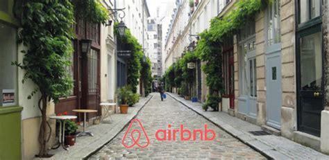 airbnb paris la ville de paris et airbnb encadrent davantage les