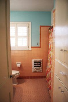 salmon colored bathroom 1000 images about what to do about our tiled