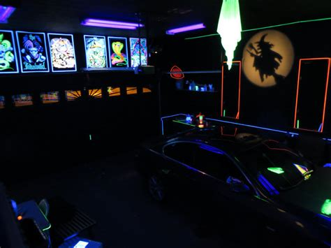 black light rooms check out my blacklight garage