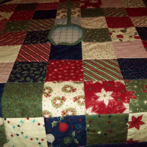 christmas tree skirt quiltsby me
