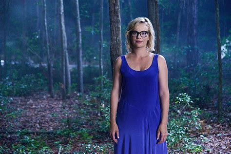 Samantha Mathis In Under The Dome Season 1 Quot Curtains