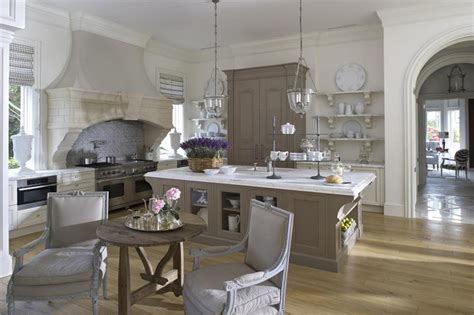 25 beautiful kitchen designs page 25 beautiful kitchens with dining tables page 3 of 5