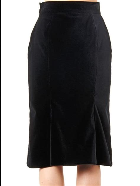vivienne westwood label velvet pencil skirt in black