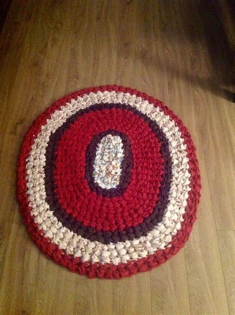 how to make crochet rag rugs how to make a crocheted rag rug 11 steps with pictures