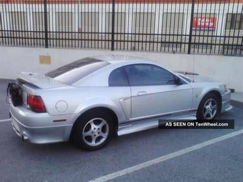 3 8 l mustang 2000 ford mustang base coupe 2 door 3 8l