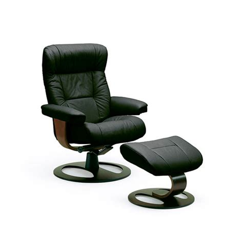 fjords manjana small ergonomic recliner by hjellegjerde