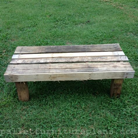 benches made from pallets 15 diy outdoor pallet bench