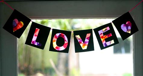 How To Make Paper Banners - s muse s day banner tissue