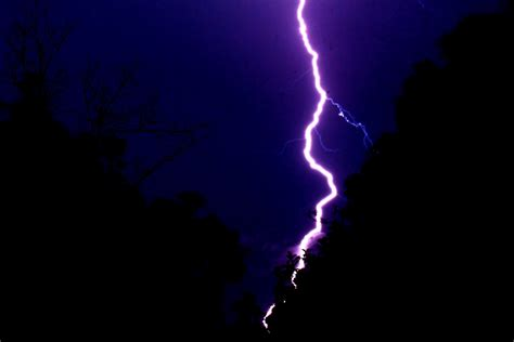 Lightning Shop Lightning Bolt By Undeadsamurai01 On Deviantart