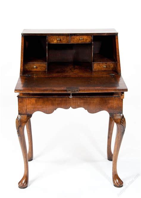 bureau qualité quality antique walnut bureau on stand antiques atlas