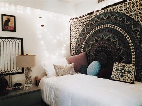 inside ideas for creating the perfect dorm room creative dorm room decorating ideas picture ideas