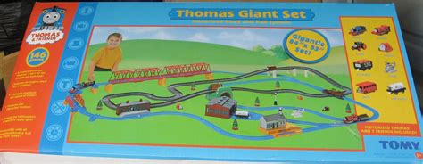 layout ultimate 2006 thomas giant set second version thomas and friends