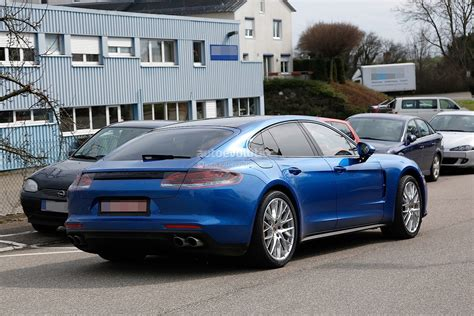 porsche panamera 2017 gts 2017 porsche panamera looks great in blue autoevolution