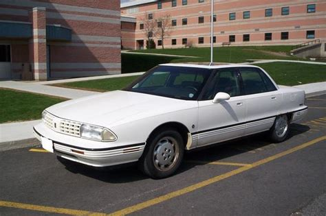 where to buy car manuals 1993 oldsmobile 98 transmission control service manual 1993 oldsmobile 98 how to set timing 1993 oldsmobile ninety eight information