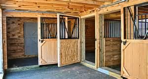 Horse Stall Floor Plans barn plans 6 stall horse design floor plan