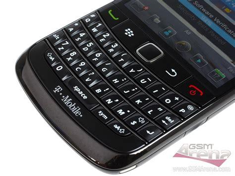Blackberry Onyx1 White And Black spesifikasi bb onyx 2 harga blackberry onyx 2 bold 9780