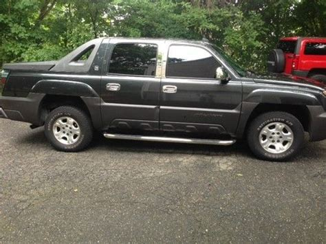 free auto repair manuals 2003 chevrolet avalanche 1500 auto manual service manual 2003 chevrolet avalanche 1500 trim removal window service manual 2003
