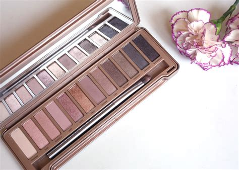 Naked4 4 Eyeshadow Decay 3 decay naked3 eyeshadow palette
