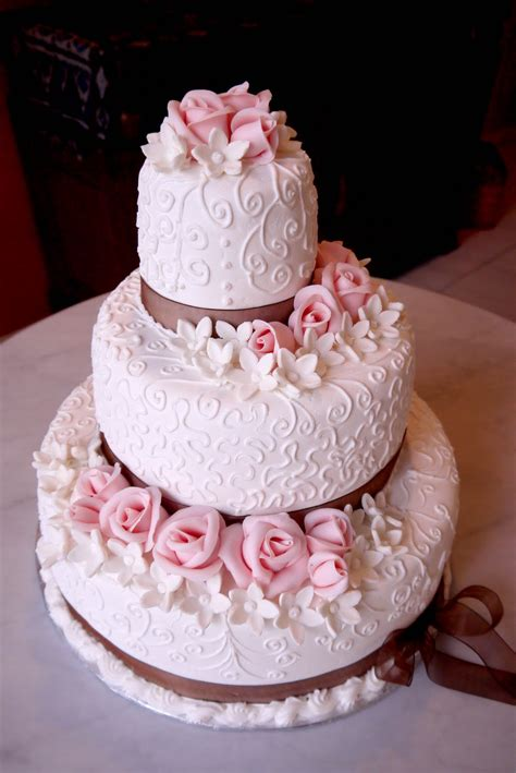 Special Occasion Cakes by Sweet Indulgence Kuching Special Occasion Cakes