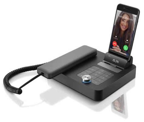 turn smartphone into desk phone invoxia s nvx 200 will turn your smartphone into a desk