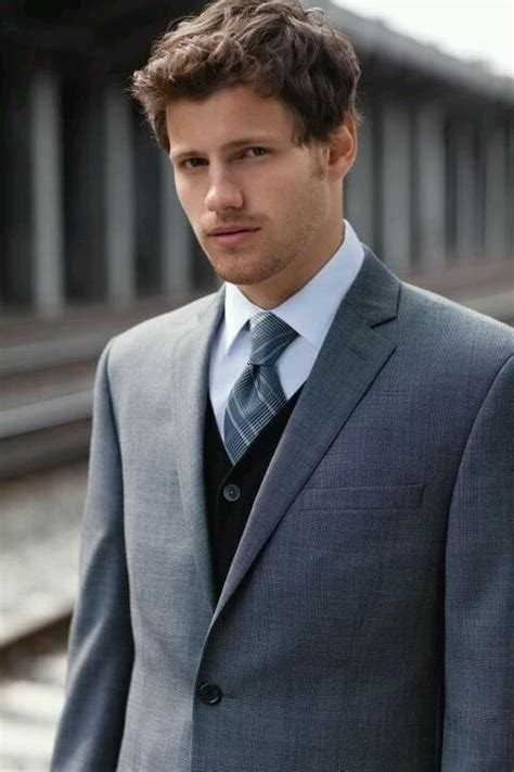 mens warehouse men s warehouse groomsmen casual wedding look