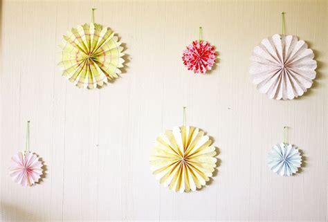 Crafts Paper Flowers - diy craft list accordion paper flowers