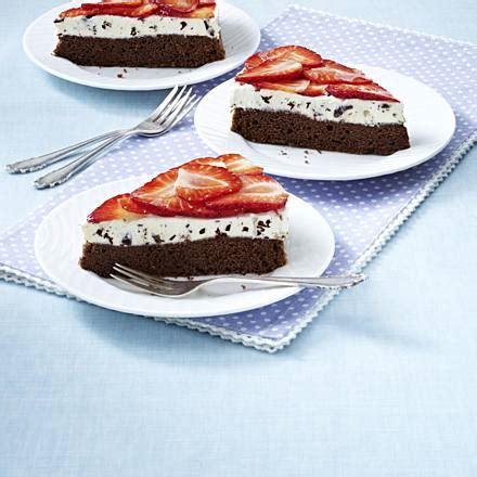 schoko erdbeer kuchen erdbeer schoko kuchen rezept lecker