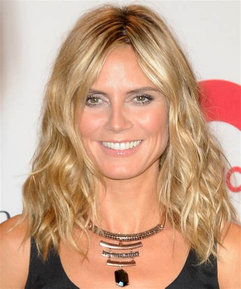 medium haircuts heidi klum heidi klum medium wavy casual hairstyle medium chagne