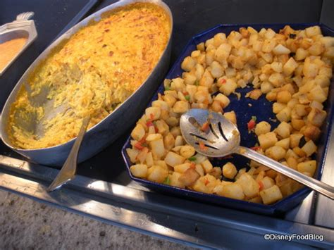 cuisine mickey a few things we re thankful for the disney food