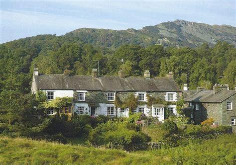 Elterwater Cottages by Wentworth B36 Elterwater Cottages Cumbria 40piece