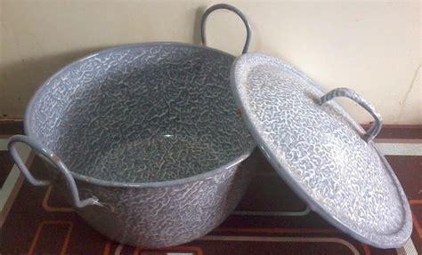 Panci Blirik alat dapur ini sudah ada sejak jaman nenek kamu masih