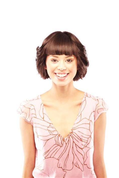 short feathered hairstyles pictures hairstylegalleries com short feathered bob hairstyles with bangs
