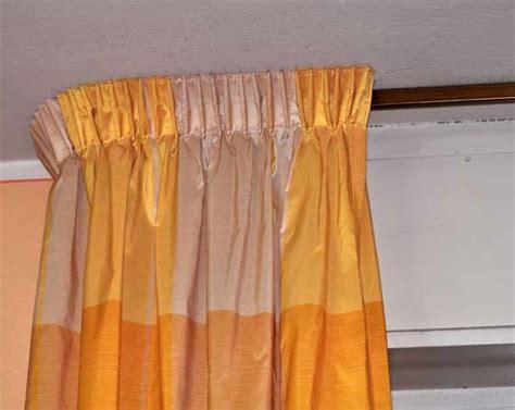 tende a soffitto con binario le tende e i tendaggi con binario