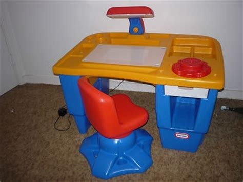 Little Tikes Light Up Desk And Chair Set Eeuc Ebay Tikes Desk And Chair