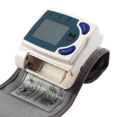 Monitor Tekanan Darah monitor darah jantung1 drhnetonline