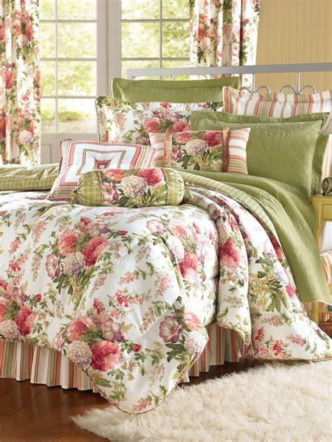 steppdecken set s garden comforter this classic cottage bedroom